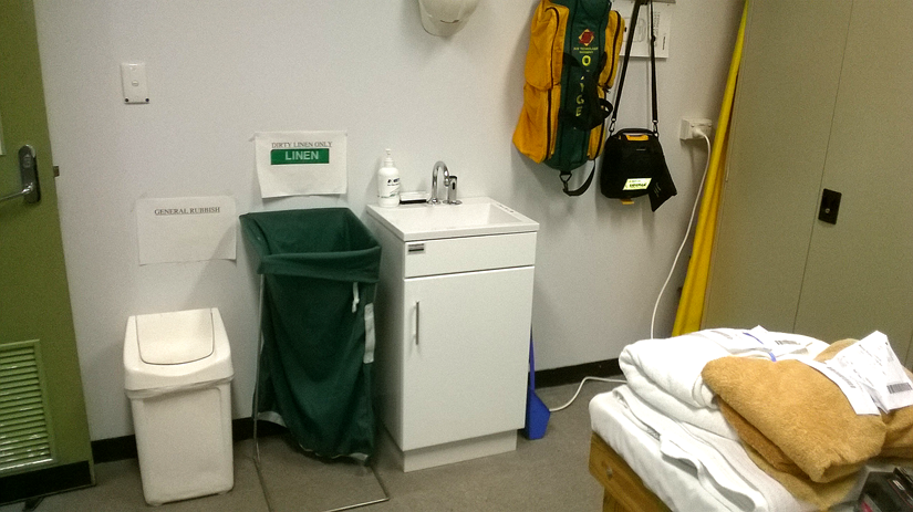 mayne pharma - medi sink - first aid room
